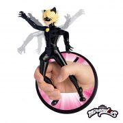 Ladybug Figura Cat Noir com Ação