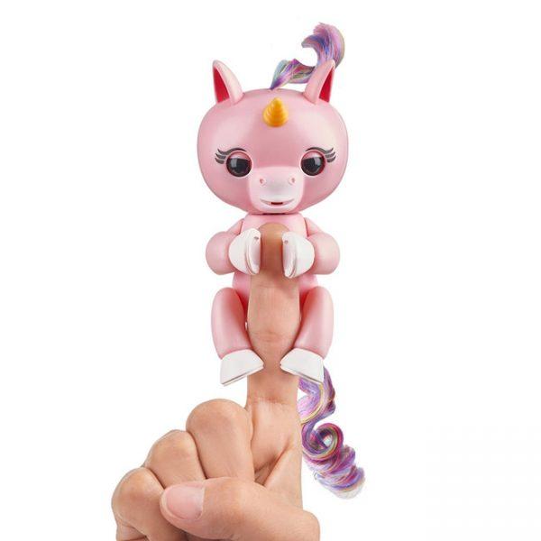 Fingerlings – Unicórnio Interativo Gemma (rosa)