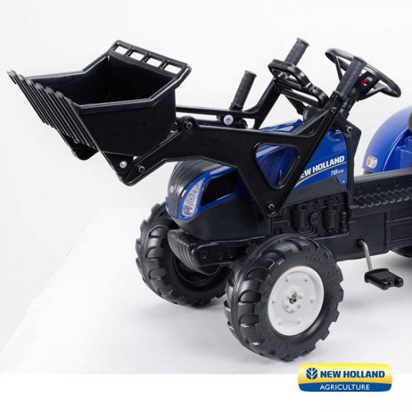 Trator New Holland T8 + Reboque + Pá