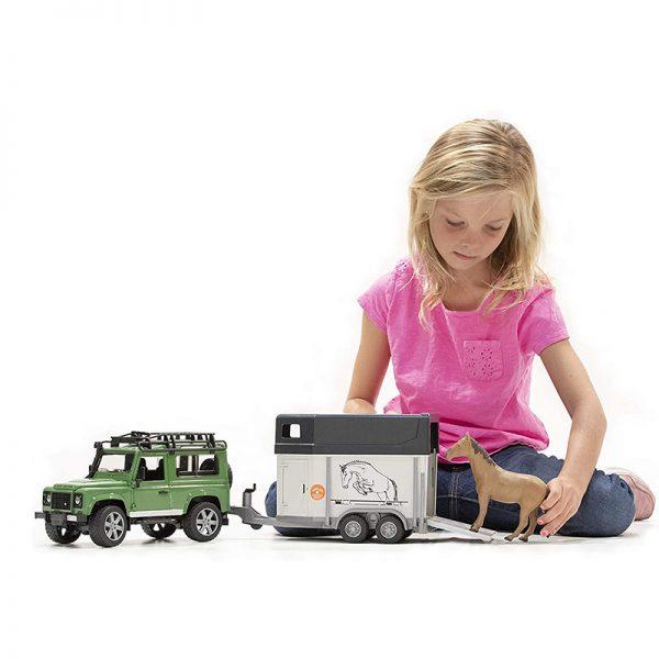 Jipe Land Rover Defender Station Wagon + Reboque