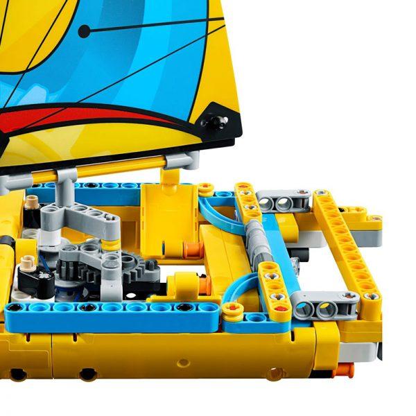 LEGO Technic – Iate de Corrida 42074