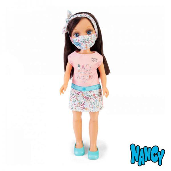 Nancy Dia de Máscara