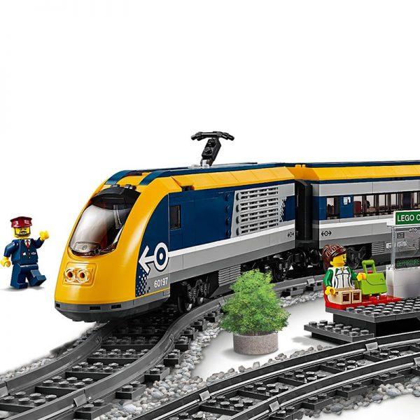 LEGO City – Comboio de Passageiros 60197